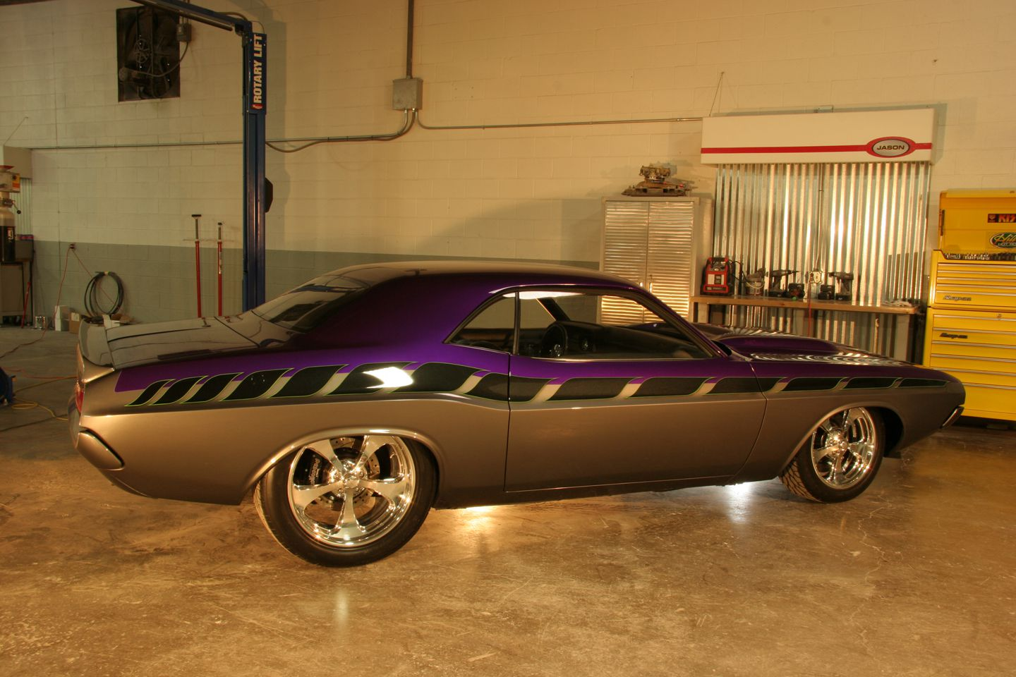 Hill\'s Hot Rods Builds a Game-Changing Mopar